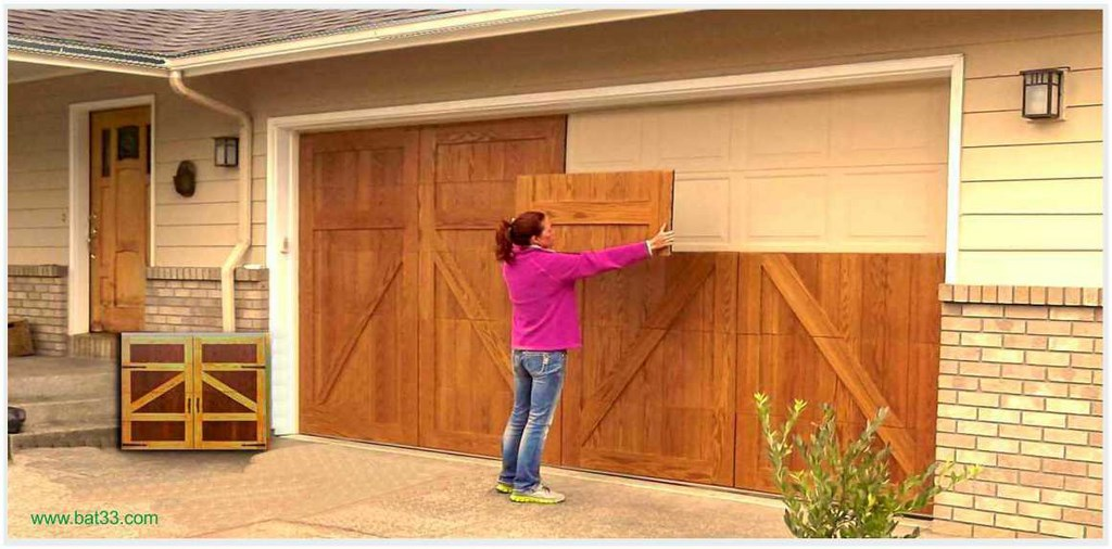 Bardage porte d coration bordeaux for Decoration pour porte de garage